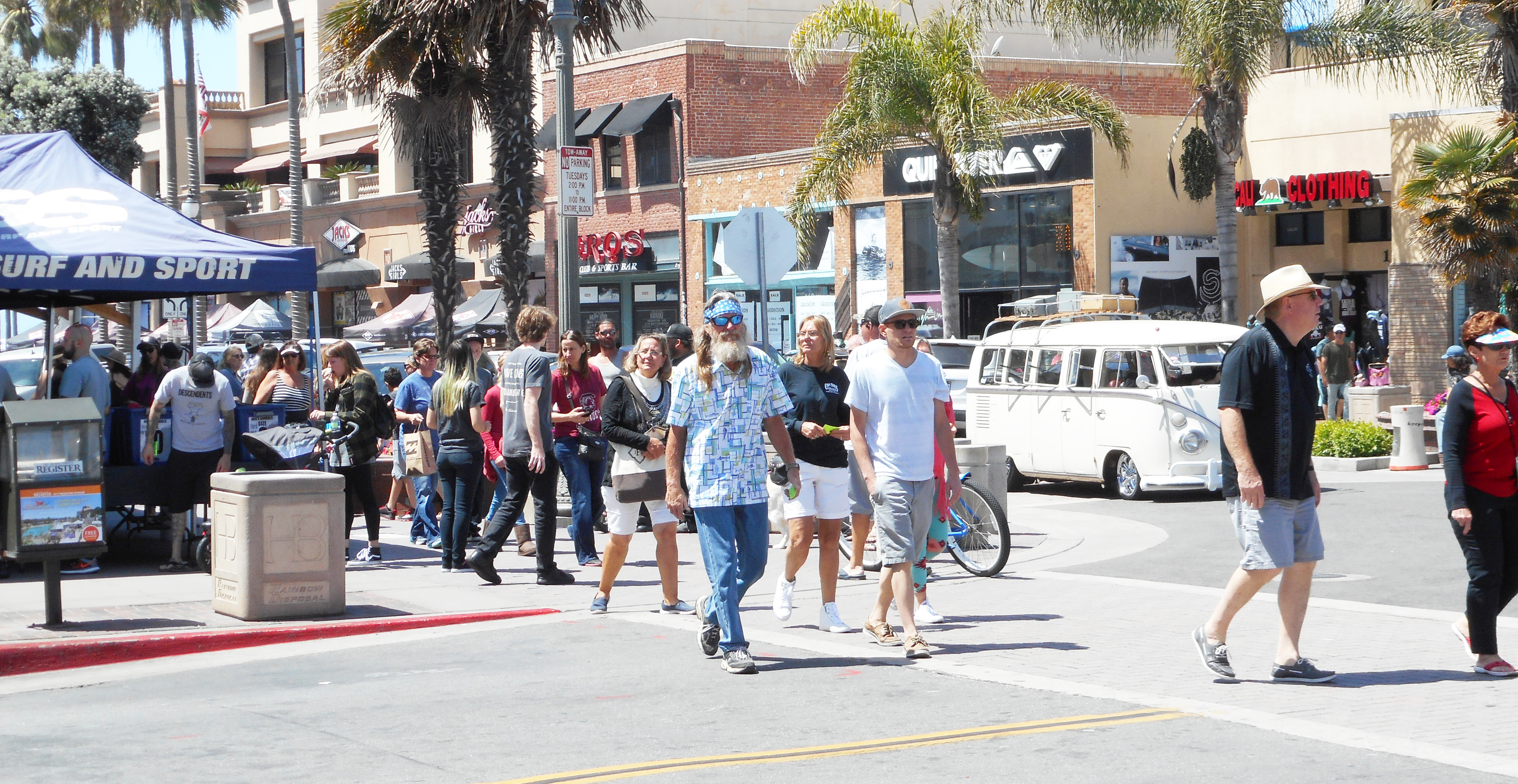 Cleaner dogs and downtown on agenda orange county tribune the huntington beach city council will hear a report on the cleaning and maintenance of the downtown area oc tribune photo solutioingenieria Image collections